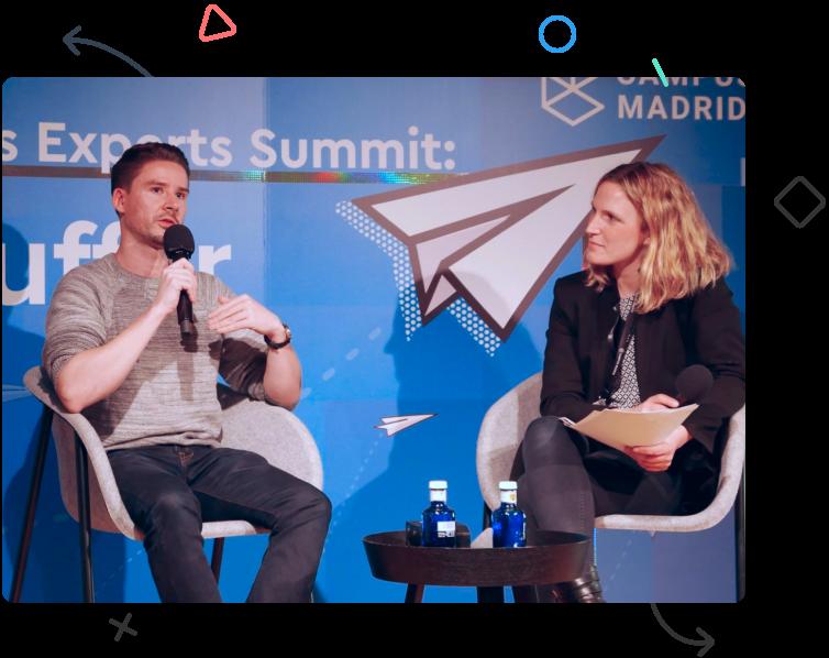 Joel Gascoigne speaking at Google Campus Madrid